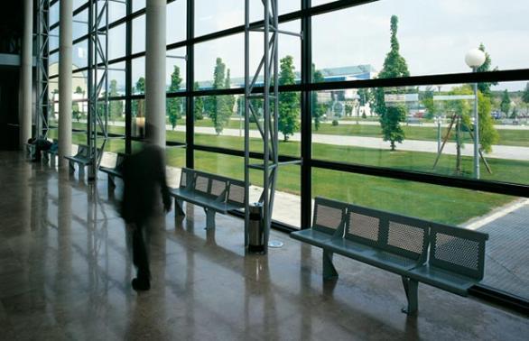 Las Universidades de la Navarra anuncian las pruebas de acceso a la universidad para mayores de 25 años y mayores de 45 años. La Universidad de Navarra y la Universidad Pública de Navarra han convocado las pruebas del 2011